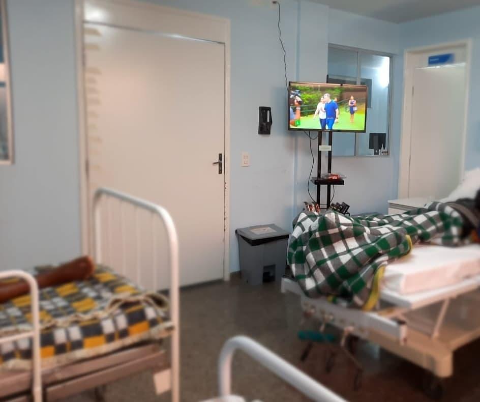 HIFA inicia projeto de TV Itinerante na Unidade Provisória de Tratamento da COVID-19